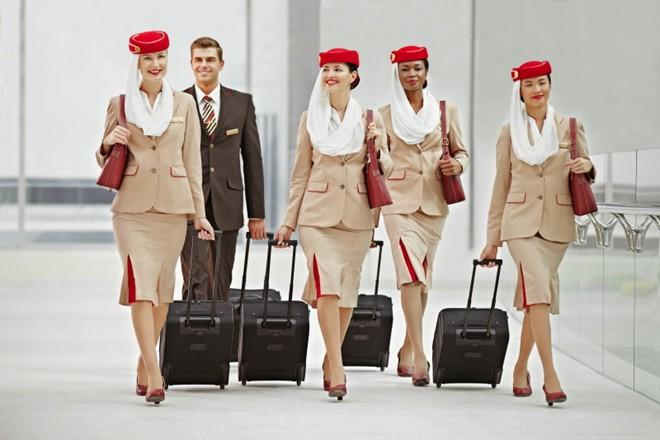 Những bộ đồng phục hàng không quyến rũ nhất hành tinh 4