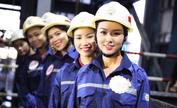 May đồng phục bảo hộ lao động tại công ty sao việt